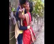MARATHI DESI BOY AND AUNTY PASSIONATE KISS IN PUBLIC from tamil aunty public sex boy man
